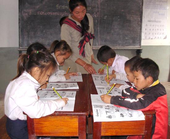 Launching A Reading Program Photographs 15 November 2013 Mien Village Xieng Khuang Province