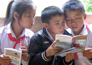 Lao children reading